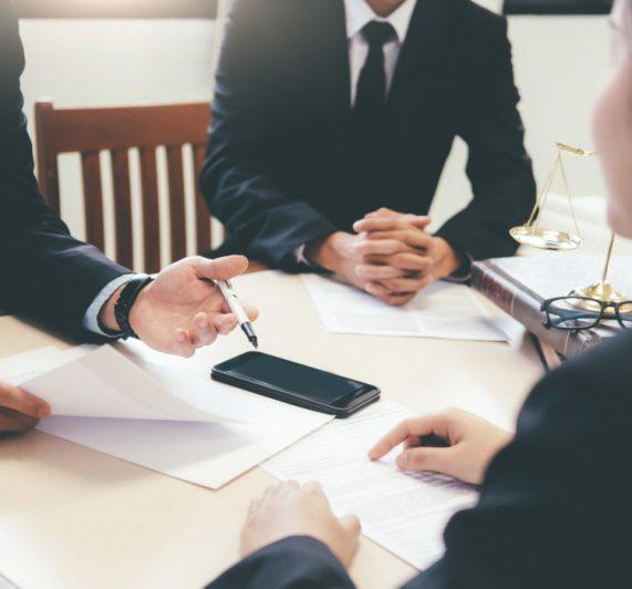 derecho-procesal-arbitraje-abogados-mcv